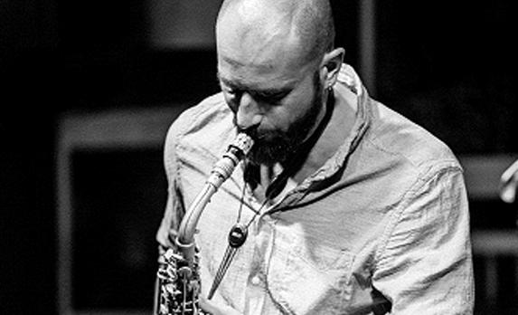 Recenzie disc de jazz românesc: Jazzul dincolo de scenă